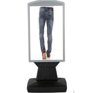 Plast Display med fod gadeskilt 42x60cm med hjul